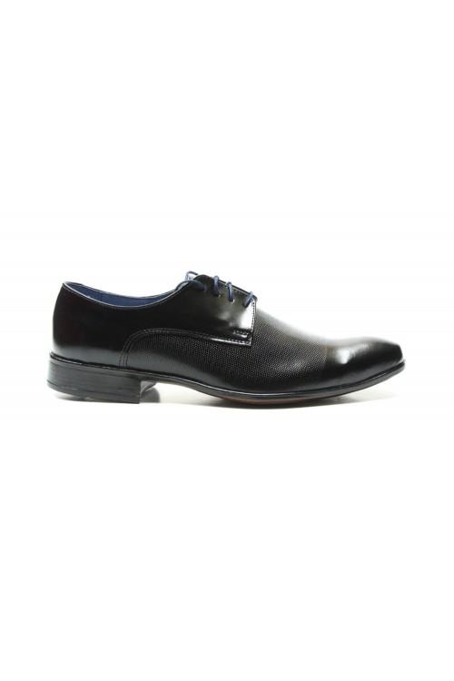 Czarne buty wizytowe z...