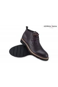 Klasyczne skórzane buty...